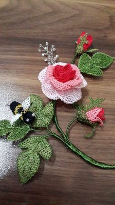 İĞNE OYASI Tatting Tutorial, Lace Art, Needle Lace, Lace Making, Floral Motif, Crochet Flowers, Flower Designs, Needlework, Crochet Earrings