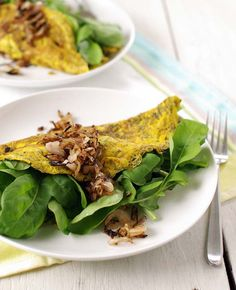 Herbed Omelet with Arugula, Créme Fraiche & Crispy Shallots | http://wholelivingdaily.wholeliving.com/2012/07/meatless-monday-herbed-omelet-with-arugula-creme-fraiche-and-crispy-shallots.html