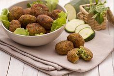 Le polpette di zucchine sono delle polpette vegetariane a base di zucchine e ricotta.