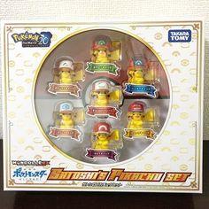 "2,984 curtidas, 59 comentários - Kelvin (@pokemon_insta1) no Instagram: ""Who would like to get this pikachu set? . . . #pokemonmaster #pokemoncenter #pokemonsunandmoon #3DS…"""