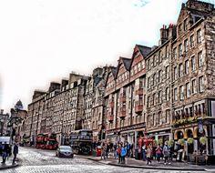 Edinburgh.  City and architecture photo by davelally03 http://rarme.com/?F9gZi