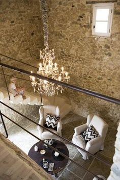 someday I will own an old stone house in Provence. Rustic Elegance, Modern Rustic, Rustic Stone, Rustic Chic, Vintage Modern, Gite Rural, Interior And Exterior, Interior Design, Interior Walls