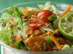 Thaimaalainen lisukesalaatti - Reseptit