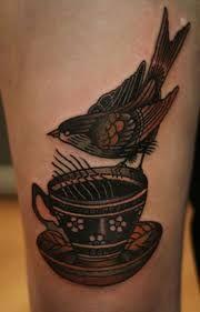 ibi rothe tattoo tatuaggi - Let's Ink - The Tattoo Society Coffee Cup Tattoo, Coffee Tattoos, Coffee Art, Tasteful Tattoos, Cool Tattoos, Tatoos, Teapot Tattoo, Typewriter Tattoo, Americana Tattoo