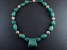Collar Ópera Verde por PetraStoneJoyas en Etsy,