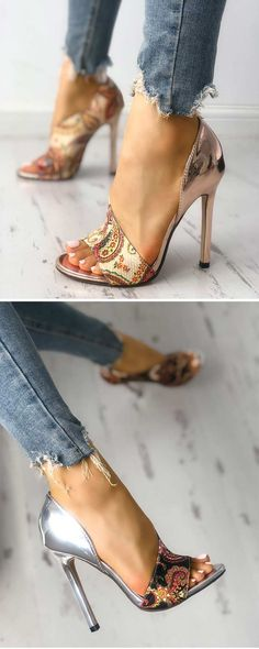 9 Superb Cool Tips: Prom Shoes High cute shoes teenagers.Slip On Shoes Brown beautiful shoes for girls. Stilettos, Pumps, Stiletto Heels, High Heels, Gold Heels, Hot Shoes, Crazy Shoes, Me Too Shoes, Shoes Heels