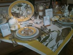 Love this setting from William Sonoma
