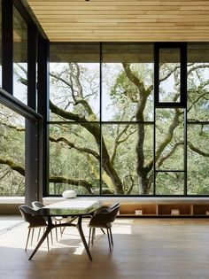 The landscape is the star of this architect-designed house eco - planete deco a homes world Exterior Design, Home Interior Design, Interior And Exterior, Modern House Design, Modern Houses, Interior Architecture, Minimalist Design, Minimalist Style, Northern California