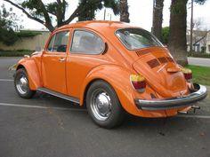 My first car, a 1974 orange Volkswagen Superbeetle! Vw Super Beetle, Volkswagen Karmann Ghia, Volkswagen Beetles, Beetle Convertible, Toyota Hiace, Best Muscle Cars, Old Classic Cars, Hot Bikes, Orange Crush