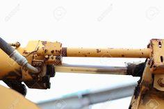 21465197-Loaders-engine-Shock-absorber-close-up-Stock-Photo.jpg (1300×866)