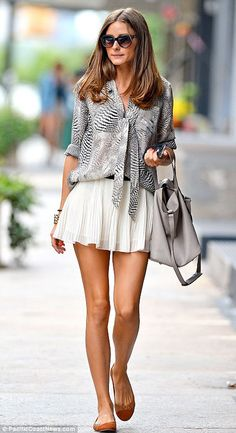 olivia palermo style 2014 | Olivia Palermo: camicia, gonna plissè e ballerine. Semplice e chic.