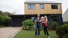 Ugly House to Lovely House with George Clarke - Articles - Episode Greg Blee - Cardiff - Channel 4 Wood Cladding Exterior, House Cladding, Facade House, Home Exterior Makeover, Exterior Remodel, 1970s House Renovation, 1960s House, External Cladding, House Extensions