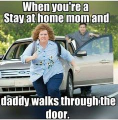 """23 Parenting Memes For Everyone In The Struggle - Funny memes that """"GET IT"""" and want you to too. Get the latest funniest memes and keep up what is going on in the meme-o-sphere. Mama Memes, Mommy Humor, Baby Humor, Funny Parenting Memes, Funny Mom Memes, Funny Stuff, Funniest Memes, Parenting Quotes, Jokes"""