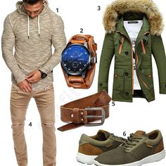 Streetstyle mit beigem Hoodie und grünem Parka (m0645) #jeans #sneaker #gürtel #hoodie #parka