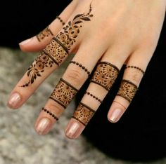 Explore latest Mehndi Designs images in 2019 on Happy Shappy. Mehendi design is also known as the heena design or henna patterns worldwide. We are here with the best mehndi designs images from worldwide. Henna Hand Designs, Eid Mehndi Designs, Latest Finger Mehndi Designs, Mehndi Designs For Girls, Mehndi Design Photos, Wedding Mehndi Designs, Mehndi Designs For Fingers, Beautiful Henna Designs, Henna Tattoo Designs