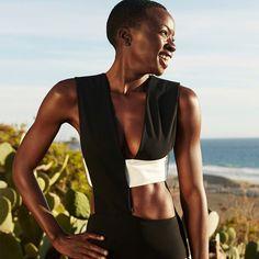 #DanaiGurira of #TheWalkingDead aka the katana queen styled by @lindseyfrugier !! @amcthewalkingdead #michonne #body #werk