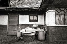 Maramures Sapanta Clawfoot Bathtub, Traditional, Inspired, Architecture, Ideas, Arquitetura, Architecture Design, Thoughts