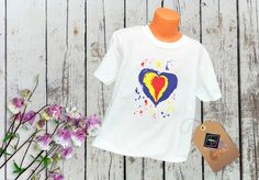 Tricou personalizat – Iubim ROMÂNIA T Shirts For Women, Tops, Art, Fashion, Art Background, Moda, Fashion Styles, Kunst, Performing Arts