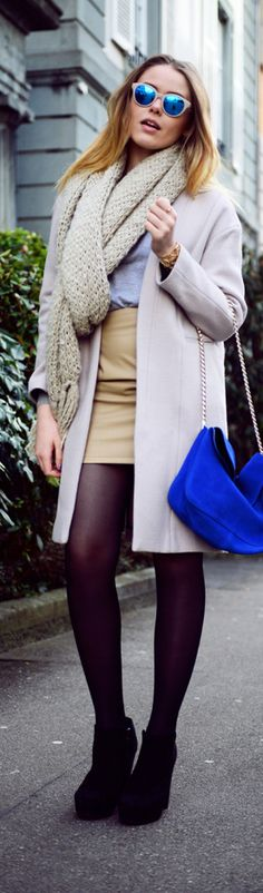 Womens Street Fashion blue shoulderbag white coat scarf fall outfit street style women fashion clothing