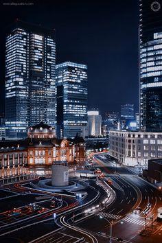 hiromitsu: The Restored Tokyo Station Building At Night
