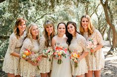 If you are looking for ideas on white bridesmaid dresses with lace, here we have selected a number of gorgeous white lace bridesmaid dresses uk to inspire you . Look Sexy white lace sweetheart bridesmaid dresses with short style. Look Black Lace Bridesmaid Dress, Short Lace Bridesmaid Dresses, Lace Bridesmaids, Lace Dresses, Unique Dresses, Prom Dress, Wedding Pics, Wedding Party Dresses, Wedding Trends