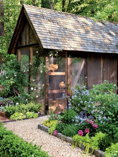 Fifteen Gardening Recommendations On How To Get A Great Backyard Garden Devoid Of Too Much Time Expended On Gardening Full Of Amenities - Backyard Chicken Coops - Southernliving. Carolyn Llorens, An Architect, Designed This Coop And The 12 Chicken Coop Garden, Chicken Coop Plans, Building A Chicken Coop, Chicken Tractors, Cute Chicken Coops, Chicken Coup, Formal Garden Design, European Garden, Chicken Runs