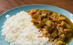 Frango tailandês com arroz de jasmim