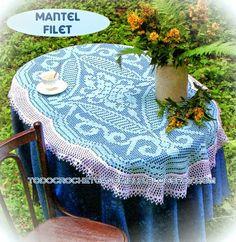 Mantel tejido en técnica crochet filet
