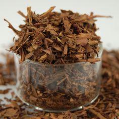 Hojicha - un thé vert japonais de type bancha qui a été grillé. Un classique.