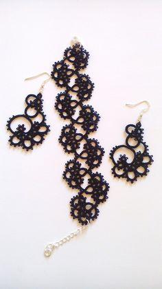 Tatting earring and bracelet. Кружевные браслет и серьги фриволите
