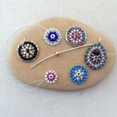 DIY Miguel Ases Style: Finding a Good Center Bead to use for circular brick stitch at Lisa Yang's Jewelry Blog