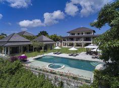 Villa Bulan Putih | 7 bedrooms | Uluwatu | Wedding venue up to 100 guests | villa on hill with distant ocean view