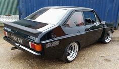 Mk2 Escort RS Ford Rs, Car Ford, Ford Capri, Retro Cars, Vintage Cars, Aussie Muscle Cars, Cool Sports Cars, Ford Classic Cars, Old Fords