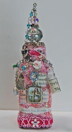 Decorative Bottles : Mixed Media Glass Bottle -Read More – Diy Bottle, Wine Bottle Crafts, Bottle Art, Bottle Lamps, Vodka Bottle, Bottles And Jars, Glass Bottles, Painted Bottles, Empty Bottles