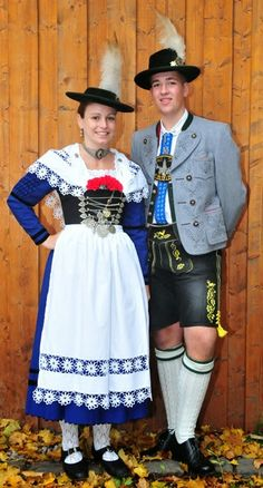 FolkCostume&Embroidery: Women's Costume of Miesbach region, Upper Bavaria, Germany Traditional German Clothing, Traditional Dresses, German Outfit, Costumes Around The World, Lederhosen, Folk Costume, Costumes For Women, Beautiful People, German Folk