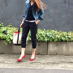 jacket  #redcard  shoes  #zara bag  #llbean  watch  #danielwellington  stole…