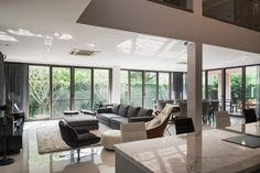 Modern Residence in Thailand designed by Julsamano Bhongsatiern Cinema Room, Open Plan Living, Pool Houses, Design Firms, Second Floor, Modern Architecture, Beautiful Homes, Building A House, Contemporary