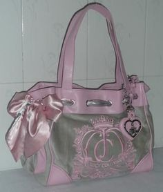 Juicy Couture Fashionable Handbag In Pink And Grey