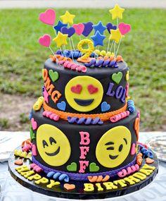 Broccoli and coconut cake - Clean Eating Snacks Emoji Cake, Birthday Cake Girls, Unicorn Birthday, Birthday Cakes, Salty Cake, Food Platters, Cake Tins, Savoury Cake, Cute Cakes
