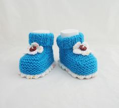 Handknitted Baby Booties, Cute Baby Booties, Baby Booties, Aqua Blue and White  £6.50