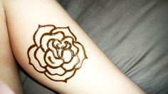 henna rose.. would consider gettin in ink