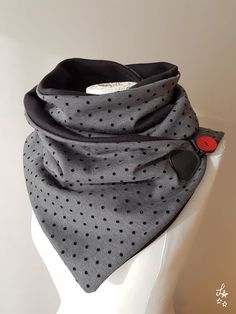 p/snood-schal-kragen-nahen - The world's most private search engine Sewing Scarves, Creation Couture, Couture Sewing, Vintage Diy, Sewing Projects For Beginners, Diy Shirt, Neck Warmer, Diy Clothes, Diy Fashion