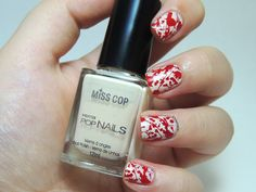 Halloween Nails - Bloody nails - blood splatter