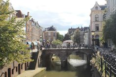 day trips: http://www.holland.com/us/tourism/cities-in-holland/utrecht-1/utrecht-daytrips.htm -- http://www.tripadvisor.com/Attractions-g188616-Activities-Utrecht.html http://couchwiki.org/en/100_things_to_do_in_Utrecht