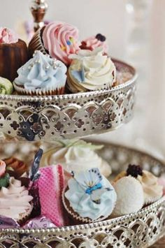 Looking For  Tier Cake Plates
