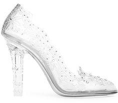 escarpins en plexiglas dolce & gabbana http://www.vogue.fr/mode/shopping/diaporama/les-plus-belles-chaussures-sandales-escarpins-mode-pour-les-fetes-de-noel/24499#escarpins-en-plexiglas-dolce-gabbana