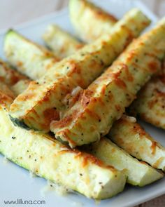 Baked Parmesan Zucchini Spears - great side dish!