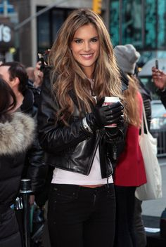 Beautiful hair and color!!! Alessandra Ambrosio and love the jacket and gloves