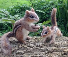 Needle Felted Chipmunk Life Sized and Poseable von ClaudiaMarieFelt, $100.00