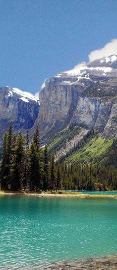 Mountain Turquoise, Maligne Lake, Jasper National Park, Alberta